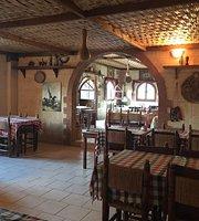 Teo's Restaurant & Bar