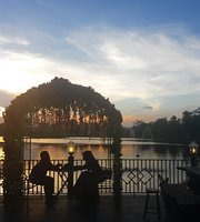Restoran & Lesehan Alam Sari