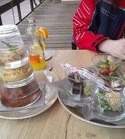 Ria's Beach Cuisine