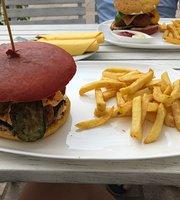Kamels Burger House