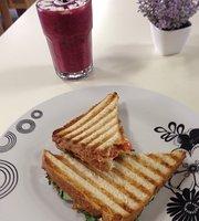 Laupele Cafe