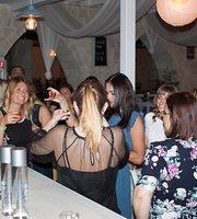 Elo Cafe - Bar
