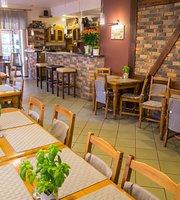 Zlota Rybka Restaurant