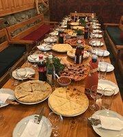Restaurant Lushnu Qor