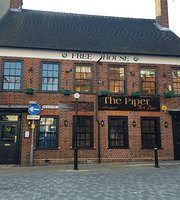 The Piper Art Bar