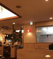 Denny's Higashioume