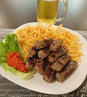 Kafana Balkan Grill