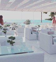 Billionaire Luxury Lounge