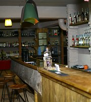 Satsnakheli Wine Bar