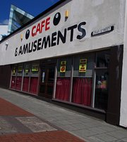8 Ball Cafe & Amusements