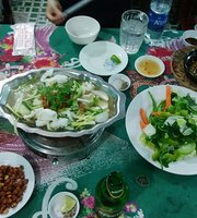 Quan An San Vuon Hoang Thanh