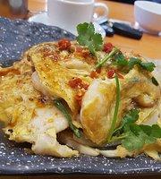 Food World Gourmet Cafe