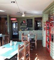 Brisas Del Sur Cafe & Restaurant