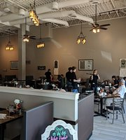 Benny's Cafe