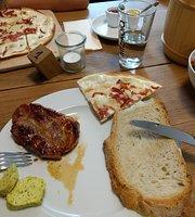 FRAEULEIN BURG Cafe