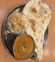 Curry Izakaya Barsha Higashichiba