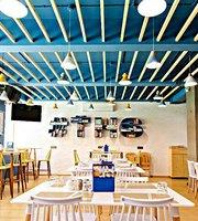 The Hog Spot Cafe
