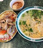 Pho Hung Traditional