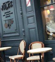 Chez l'Oncle Jules