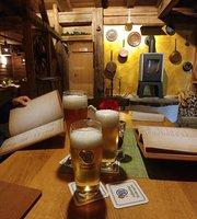 Holzkafer - Berghutte - Restaurant - Backstube