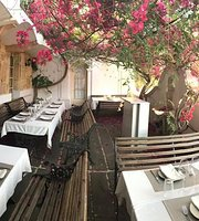 DEGVSTA restaurant