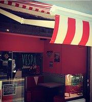 Vespa Helado Artesanal y Cafe