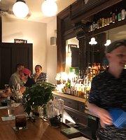 Babes Bar
