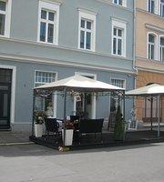 Restaurant Cafe Mone-Mone UG