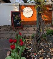 Cafe Naif