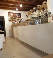 IO & Te Gelateria E Caffe