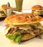 Sandwicheria El Patio