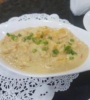 Bahay Kubo Restaurant