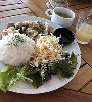 Open Bic Cafe Hemingway