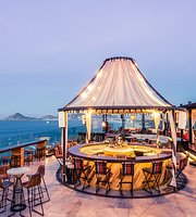 The Rooftop at The Cape a Thompson Hotel