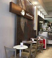 Saturnio Cafe