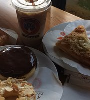 J.Co. Donuts N Coffee
