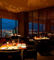 Restaurant & Bar Level 36