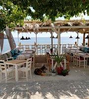 Etoile Wine Bar Restaurant