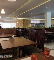 Akshaya Hotel
