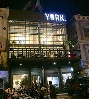 YORK Coffee & Cookery