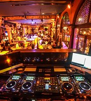 Horus Bar