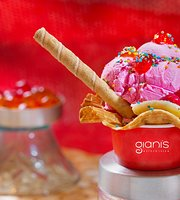 ‪Giani's Ice cream Parlour‬