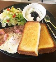 Sanya Cafe Tokyo