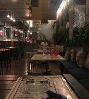 Foxtrot Coffee & Coctail Bar