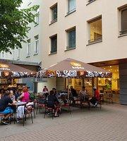 Shanti Shanti Café