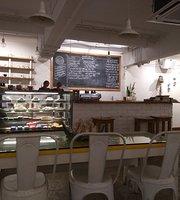 Boccas Cafe