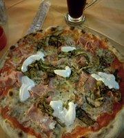 Pizzeria la Maga
