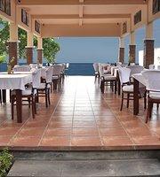 Camessa Bar & Restaurant