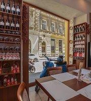 Magdalena Merlo Restaurant