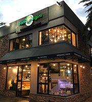 EarthOrigins Marketplace+Cafe